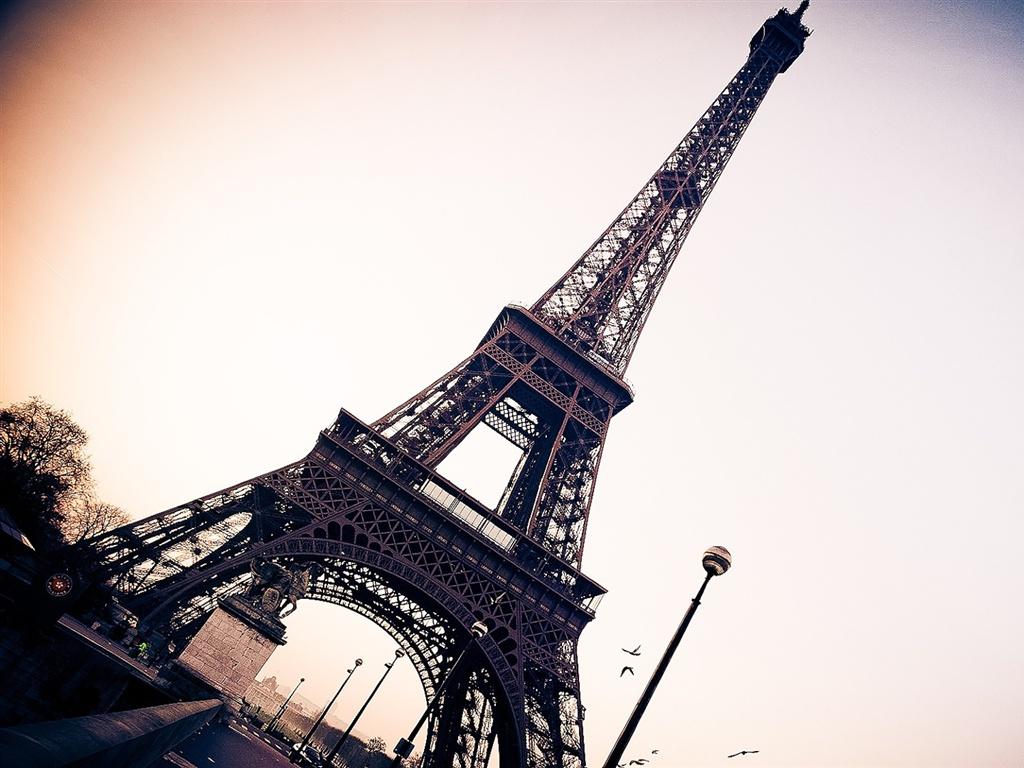 エッフェル塔パリフランス 壁紙 1024x768 外国の風景 お洒落な