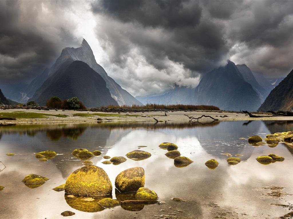 https://ru.best-wallpaper.net/wallpaper/1024x768/1607/New-Zealand-beautiful-landscape-mountains-clouds-lake-stones_1024x768.jpg