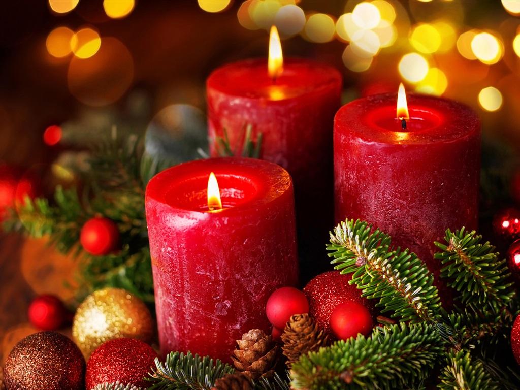 втором этаже картинки красные свечи и новый год является композитором аранжировщиком