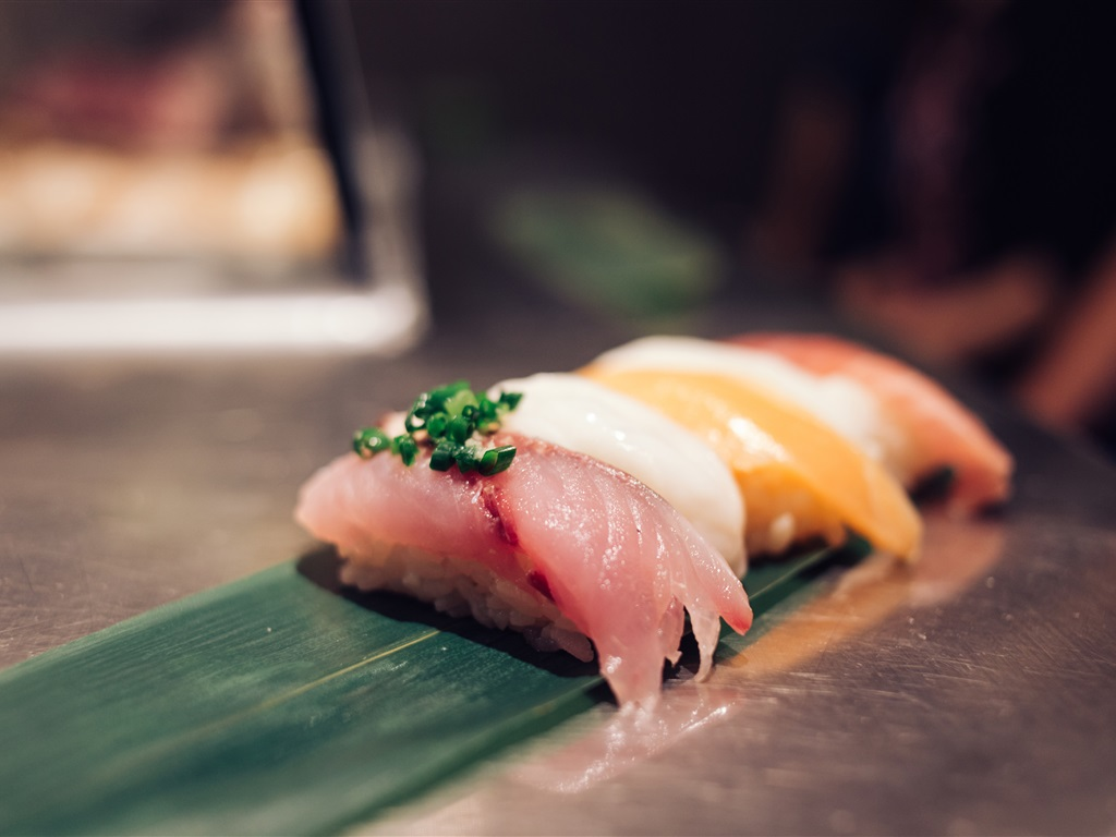 Raw fish piece sushi japanese cuisine wallpaper for Is sushi raw fish