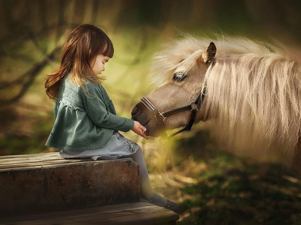Wallpaper Cute Little Girl And Horse Mane 1920x1200 Hd