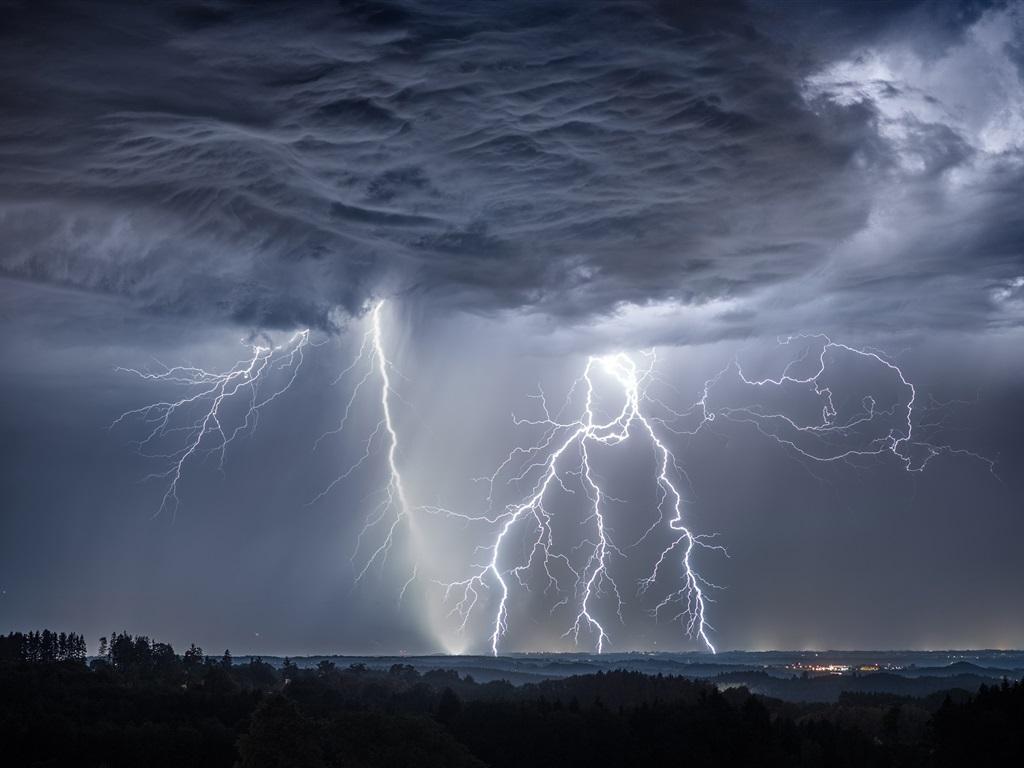 Fondos De Pantalla Iphone 7 Plus: Tormenta, Rayos, Nubes, Alemania 1080x1920 IPhone 8/7/6/6S