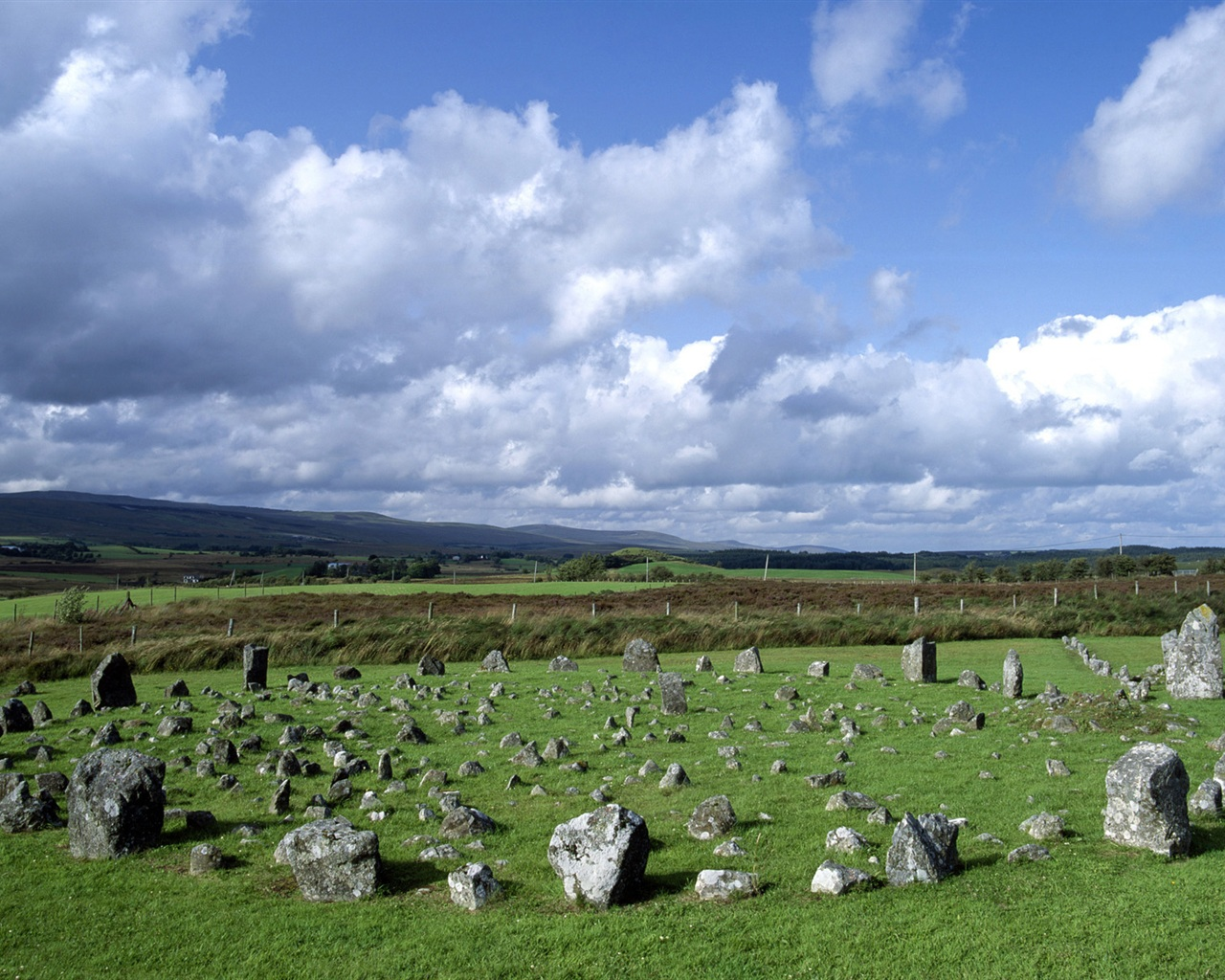 Beaghmore Stone Circles Northern Ireland wallpaper - 1280x1024
