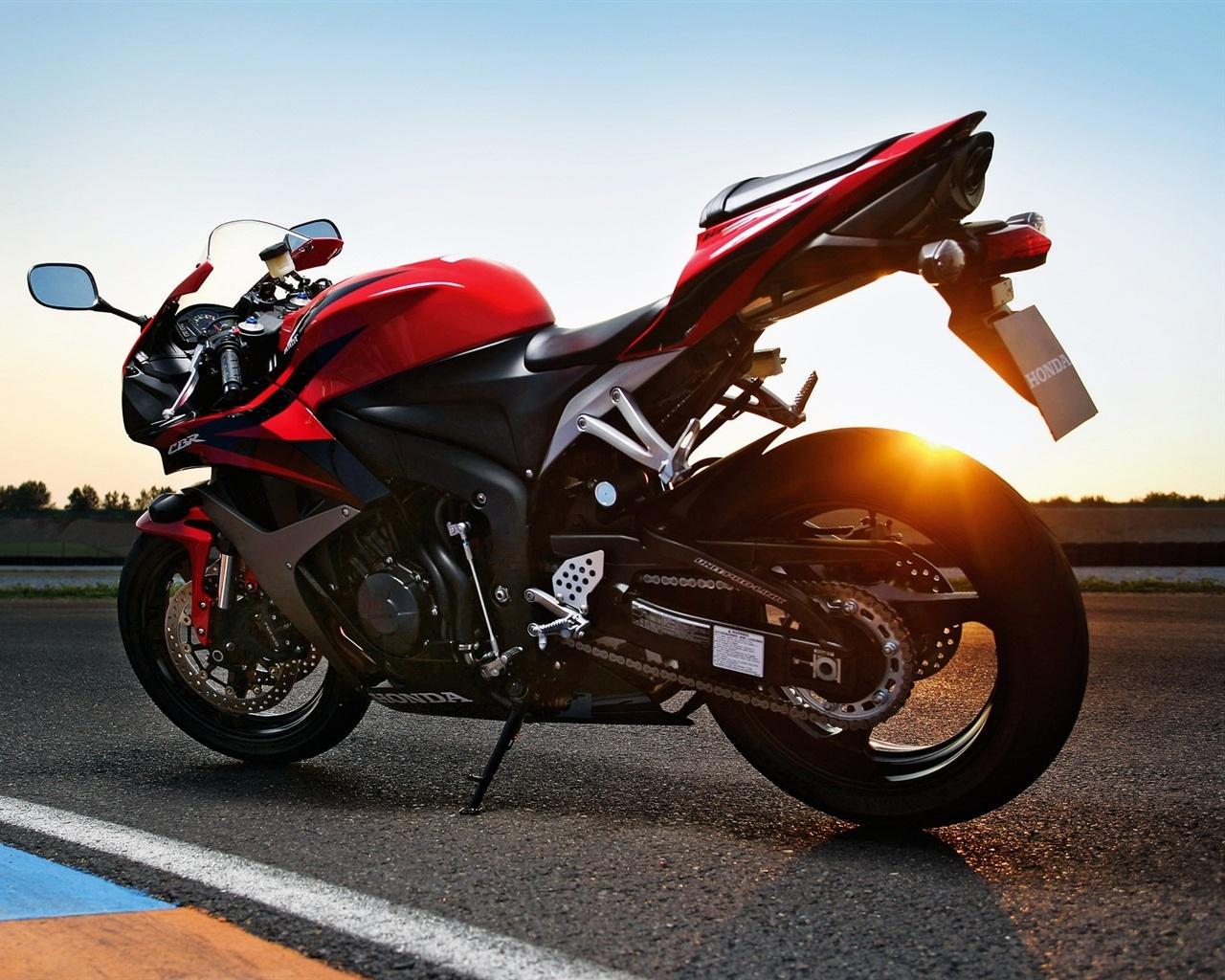 Honda Cbr Motorcycle 4k Hd Desktop Wallpaper For 4k Ultra: Honda CBR 2011 Motorrad 1920x1200 HD Hintergrundbilder, HD