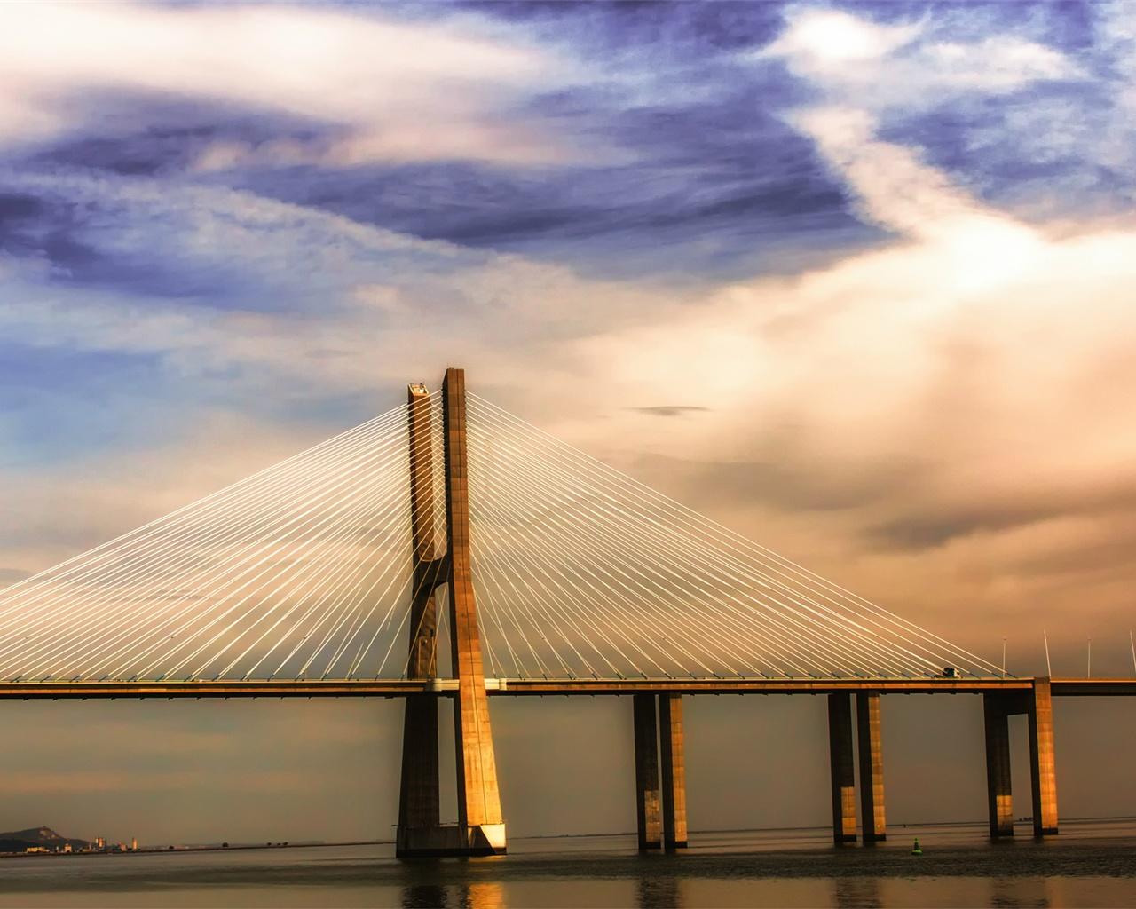 Fonds d 39 cran portugal lisbonne fleuve tage le pont for Fond ecran qhd