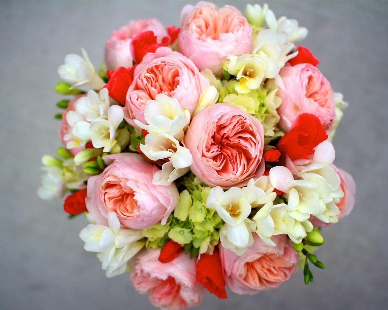 Freesia flower bouquet comousar freesia flower bouquet freesia flower bouquet freesia izmirmasajfo Gallery