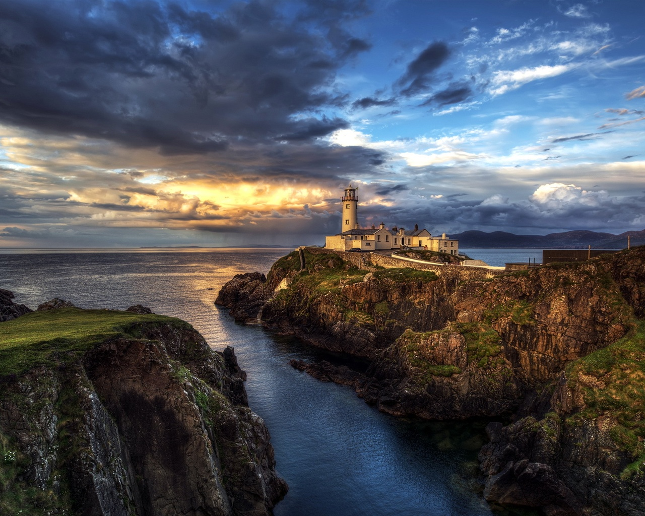 Wallpaper Ireland Lighthouse Ocean Seascape Sunset