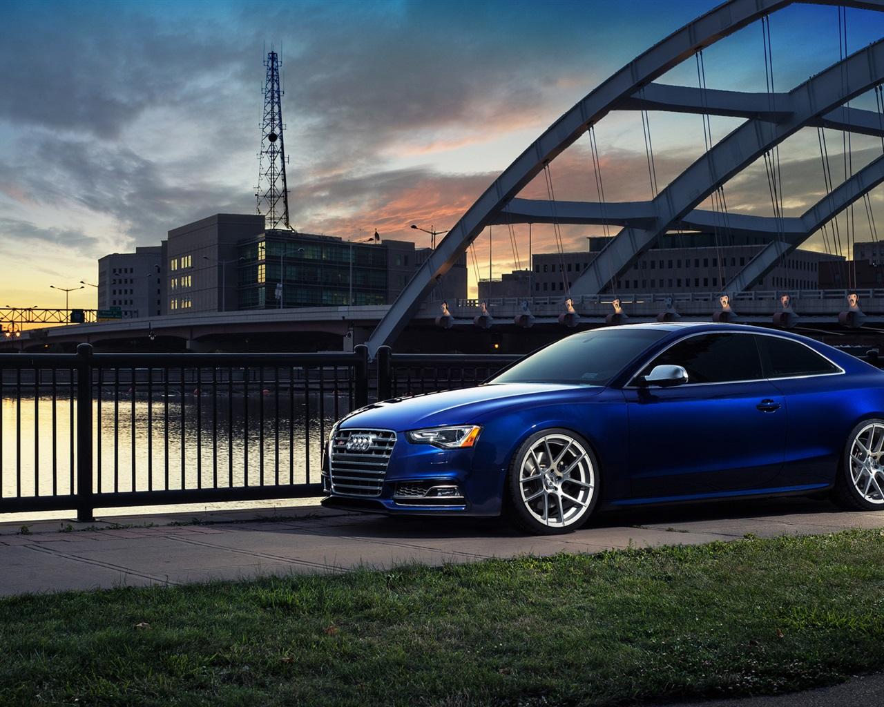 Fonds d'écran Audi S5 voiture bleue en ville 1920x1200 HD ...