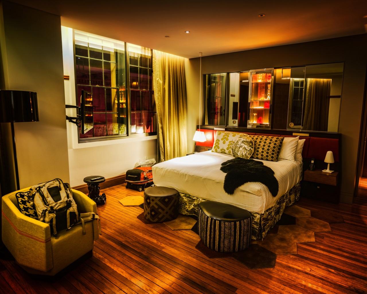 Download wallpaper 1280x1024 interior design bedroom hd for Interior design bedroom hd