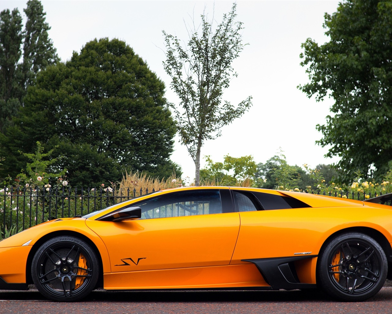 Download Wallpaper 1280x1024 Lamborghini Murcielago LP670 ...