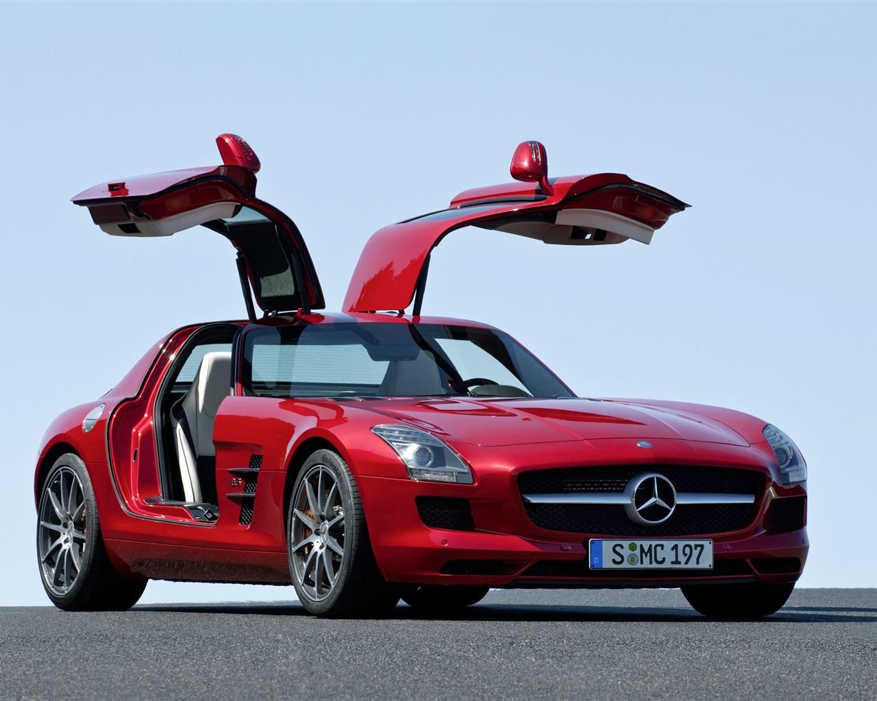 Download wallpaper 1280x1024 2014 mercedes benz sls 63 amg for Mercedes benz sls amg red