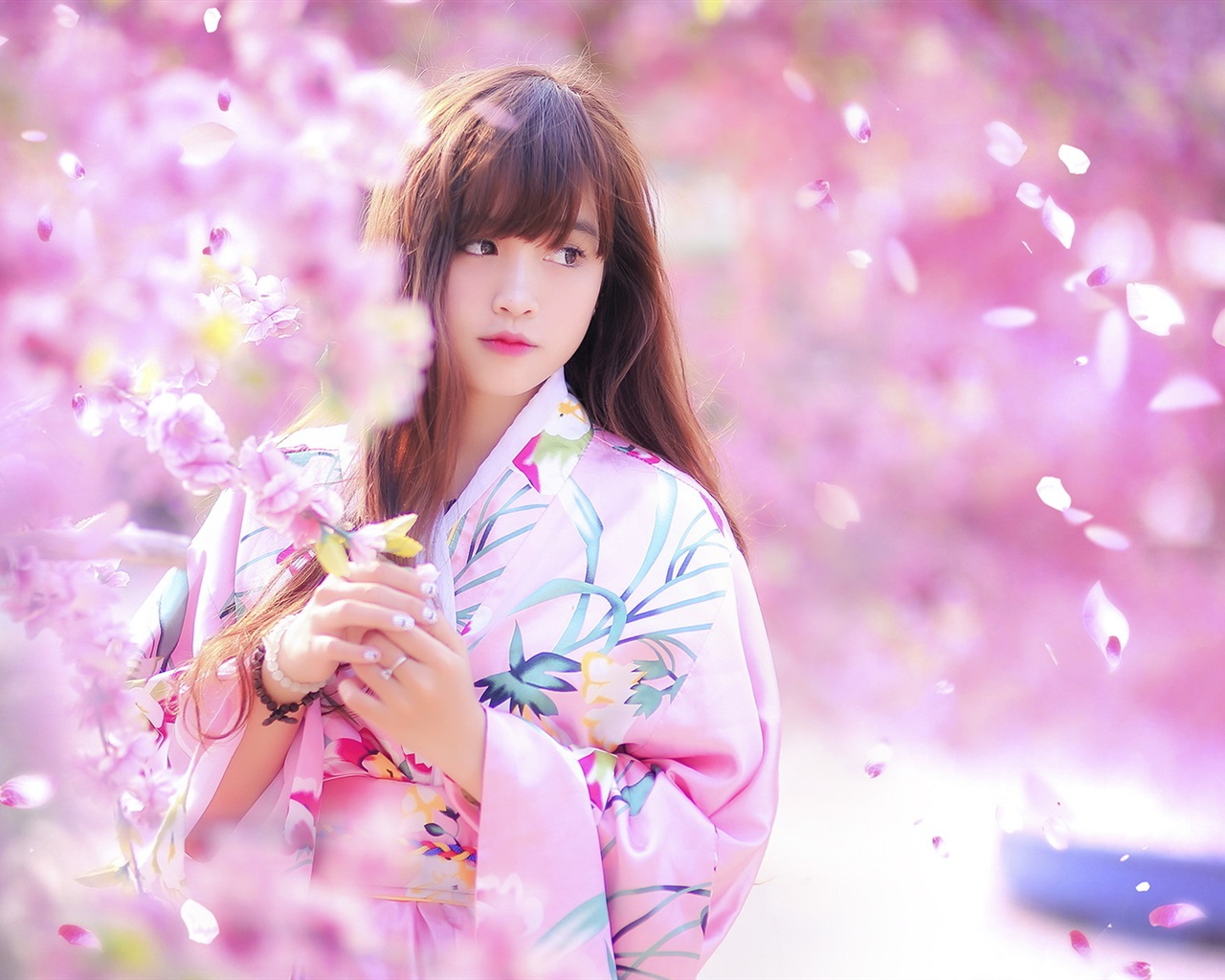 Wallpaper Lovely Japanese Girl, Spring, Sakura, Kimono -3677