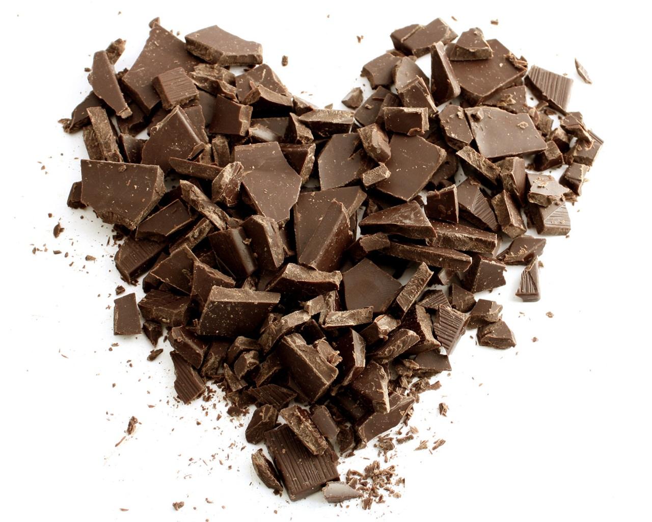 Fondos De Pantalla De Chocolates: Chocolate Amor Corazón, Fondo Blanco Fondos De Pantalla