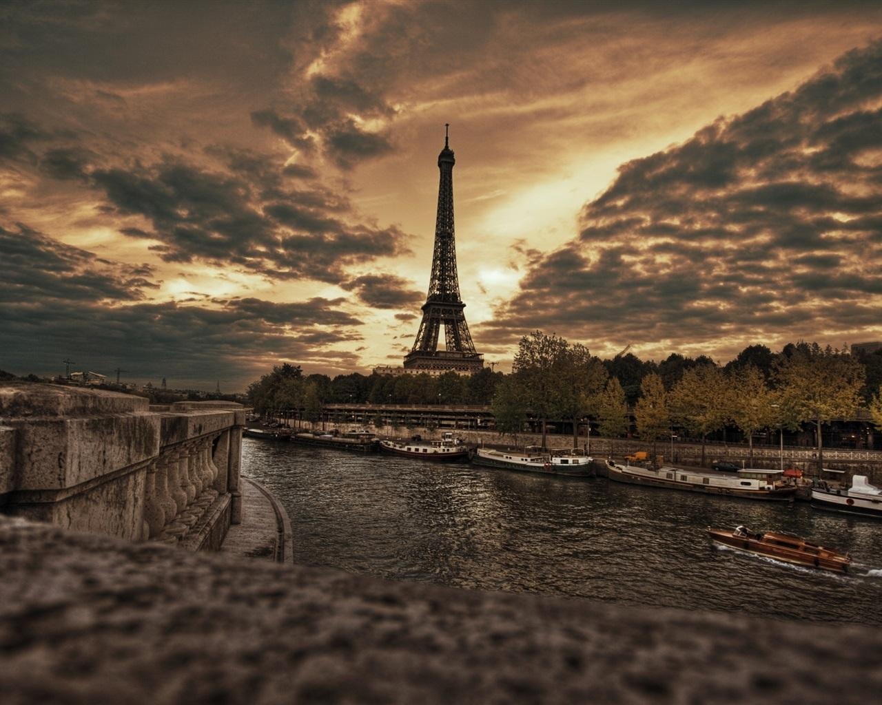 Обои Эйфелева башня, Облака, вид, лодки, красиво. Города foto 7