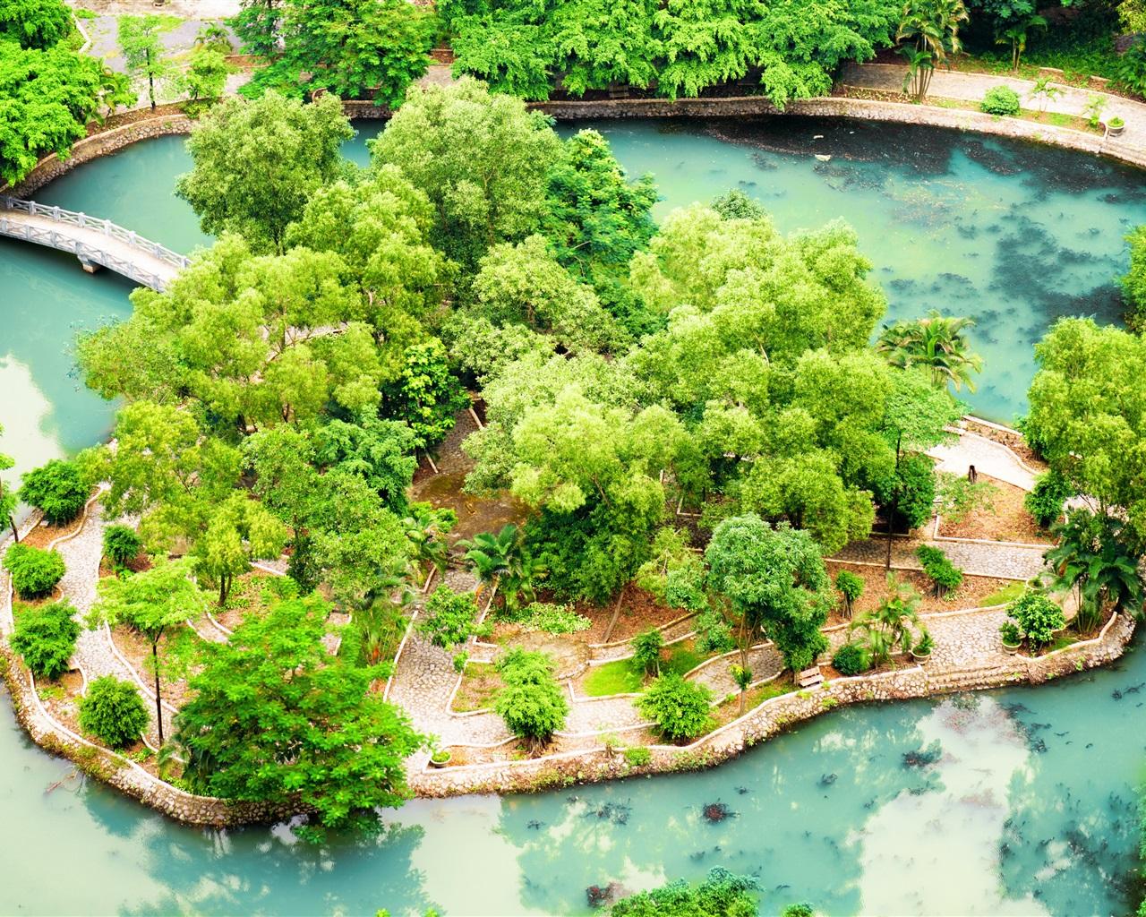 Download wallpaper 1280x1024 vietnam ninh binh tropical for Garden pool hanoi