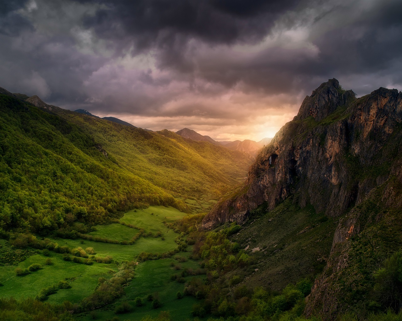 Paisaje de naturaleza hermosa nubes valle monta as for Naturaleza hermosa
