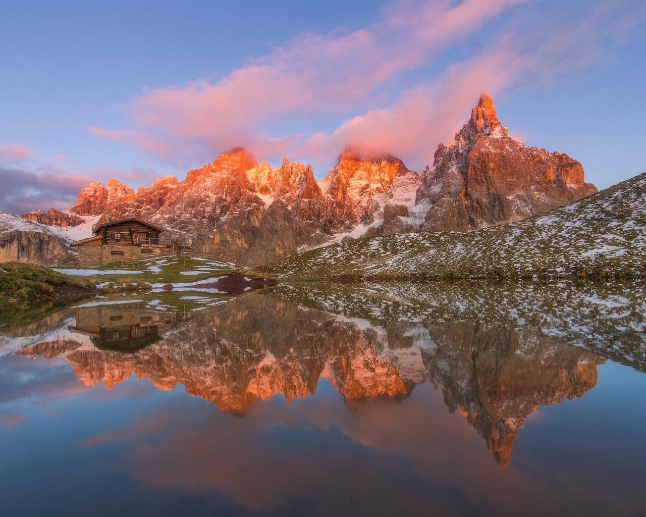 Lago Con Montañas Nevadas Hd: Montañas, Cabaña, Lago, Agua Reflexión, Nieve, Nubes