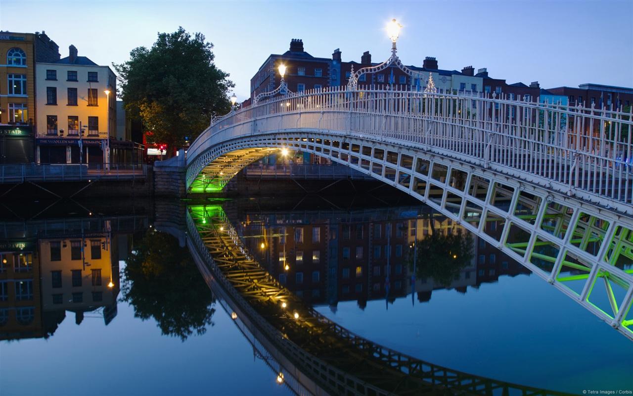 Halfpenny bridge Dublin Ireland Wallpaper | 1280x800 ...