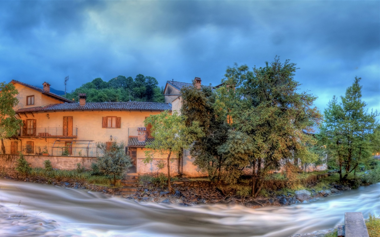 River panoramic views of the village wallpaper - 1280x800
