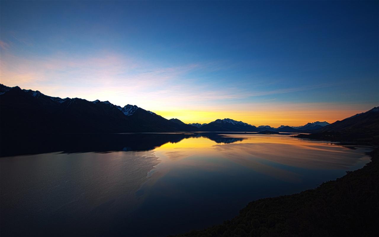 Пейзажи природы заката вид на озеро и