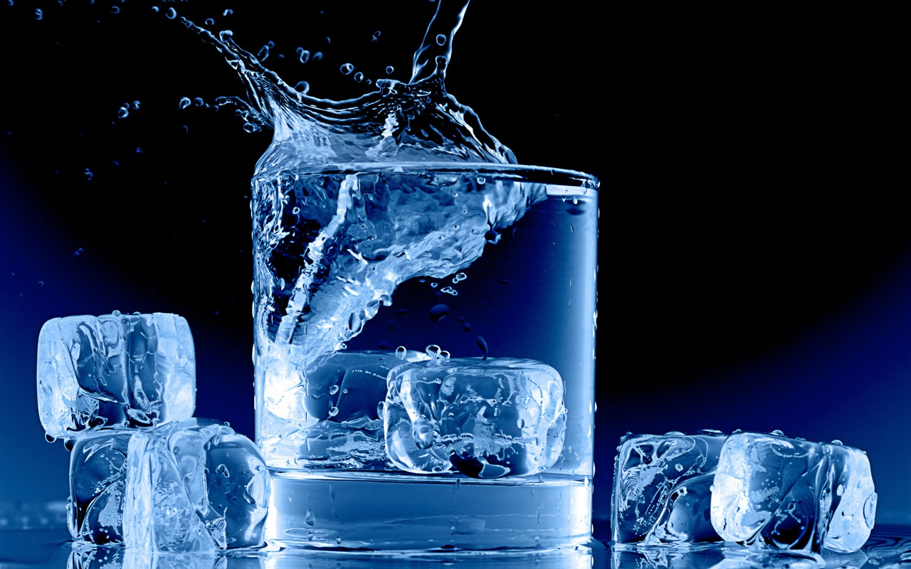 Wallpaper Icy Blue Glass Cup Water Ice Cubes Splash 2560x1920 HD Picture Image