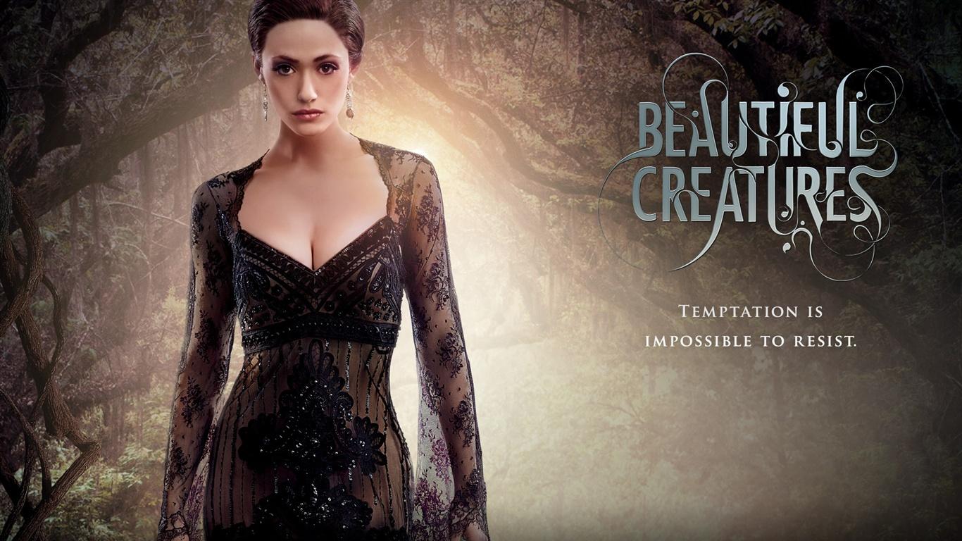 Emmy-Rossum-in-Beautiful-Creatures_1366x768.jpg