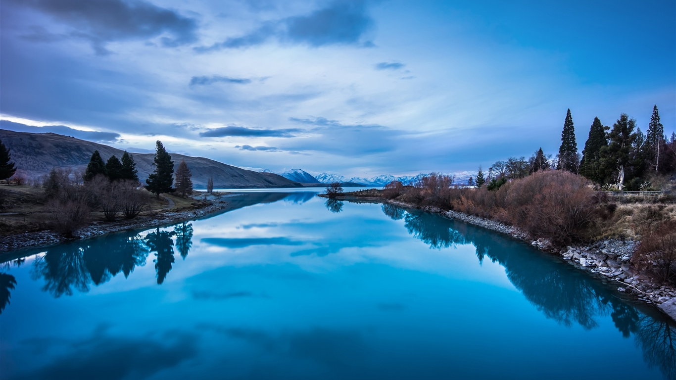 Natur, landschaft, berge, see reflexion hintergrundbilder - 1366x768