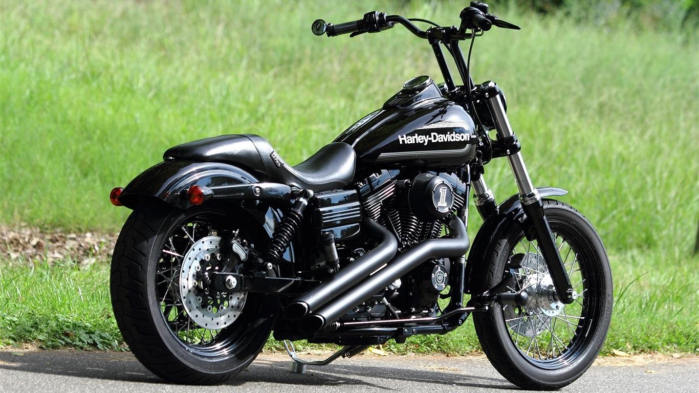Harley Davidson Chopper Black Motorcycle Wallpaper