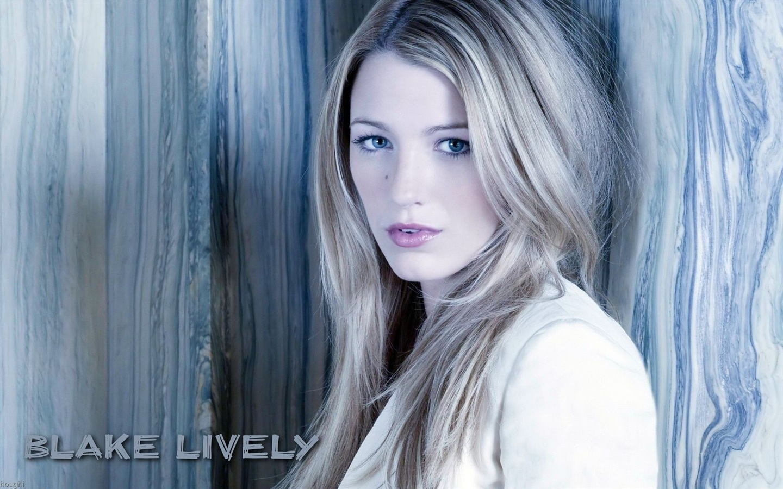 Blake-Lively-01_1440x900.jpg Blake Lively