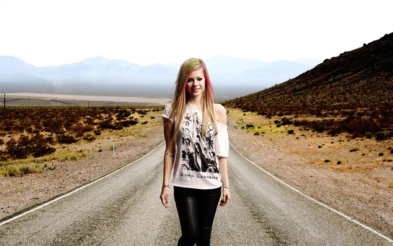 Avril-Lavigne-15_1440x900.jpg Avril Lavigne