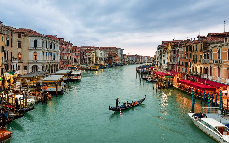 Обои канал, лодки, венеция, мосты, дома, улицы. Города foto 15