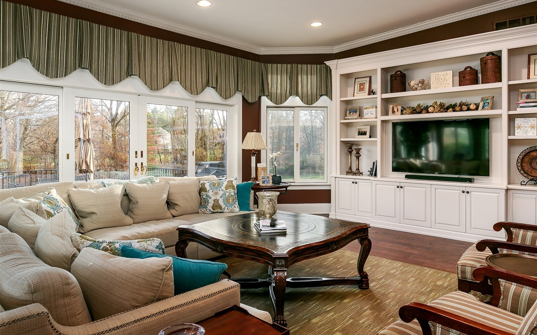 客廳,窗簾,窗戶,電視,沙發,茶几 桌布 | 1440x900