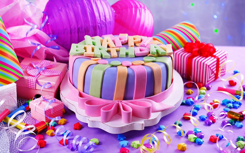 Поздравления с днем рождения девочке с подарками