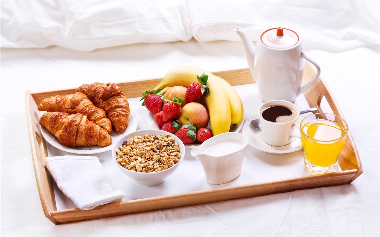 картинка поднос с кофе на утро фарсоязычные