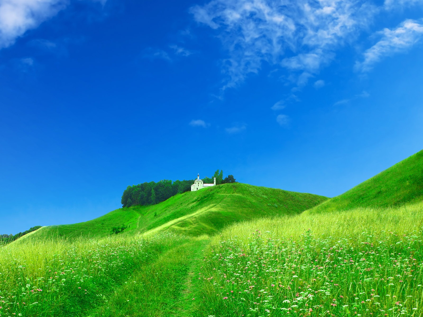 Dream home on the green hillside wallpaper - 1600x1200