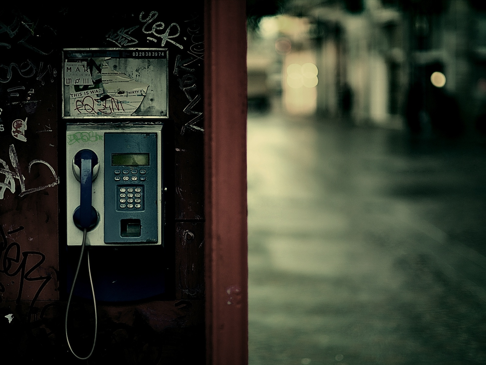 Payphone street lights wallpaper - 1600x1200
