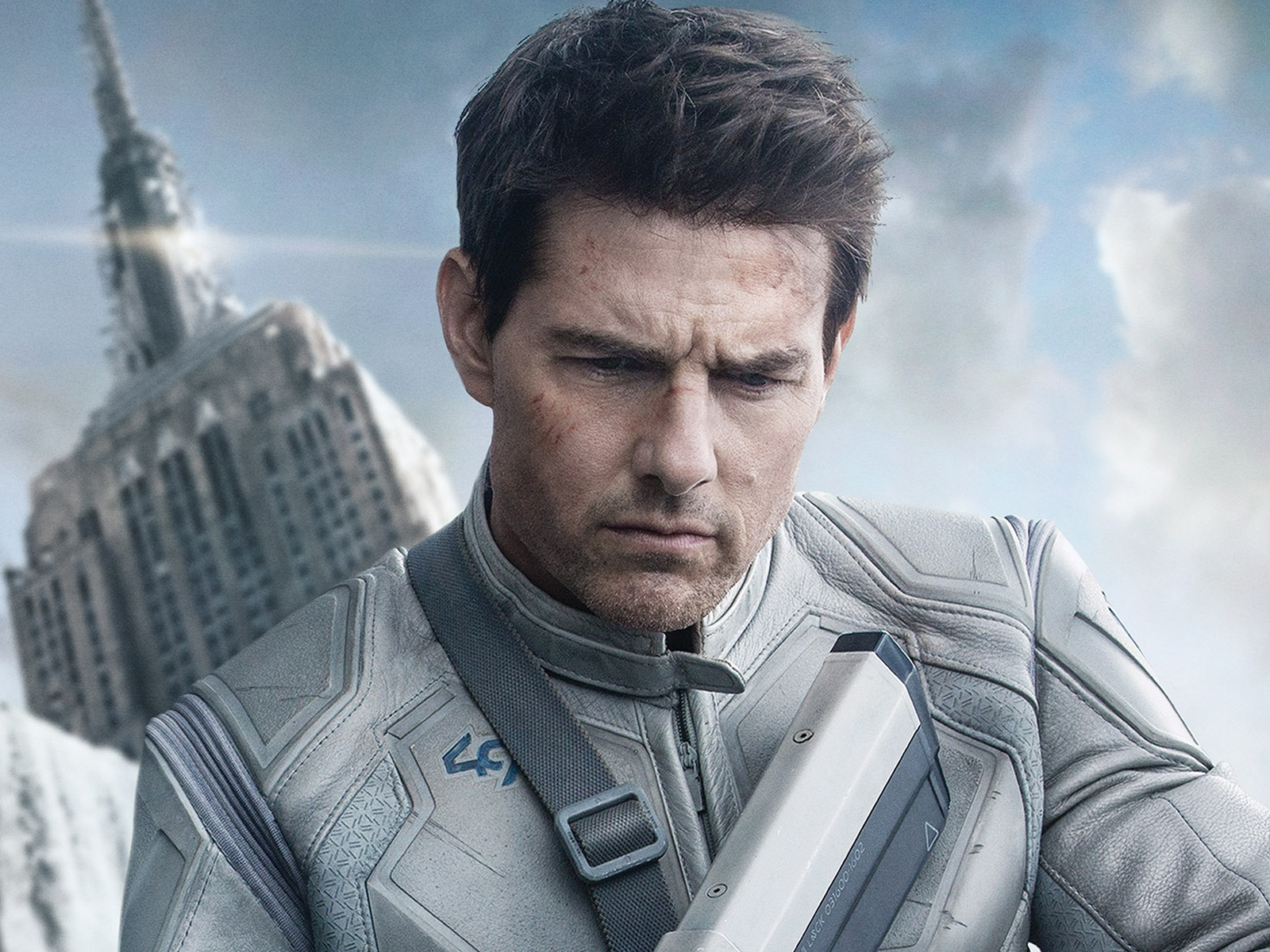 Tom-Cruise-in-Oblivion... Tom Cruise