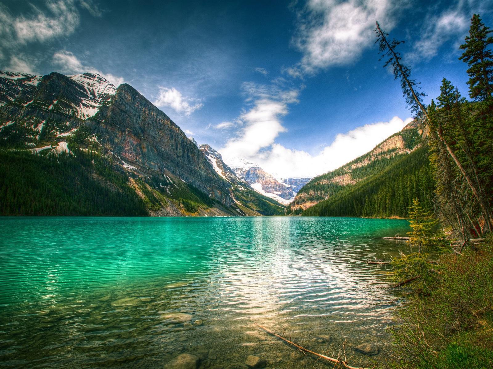 カナダの自然、山、空、湖、木 ...