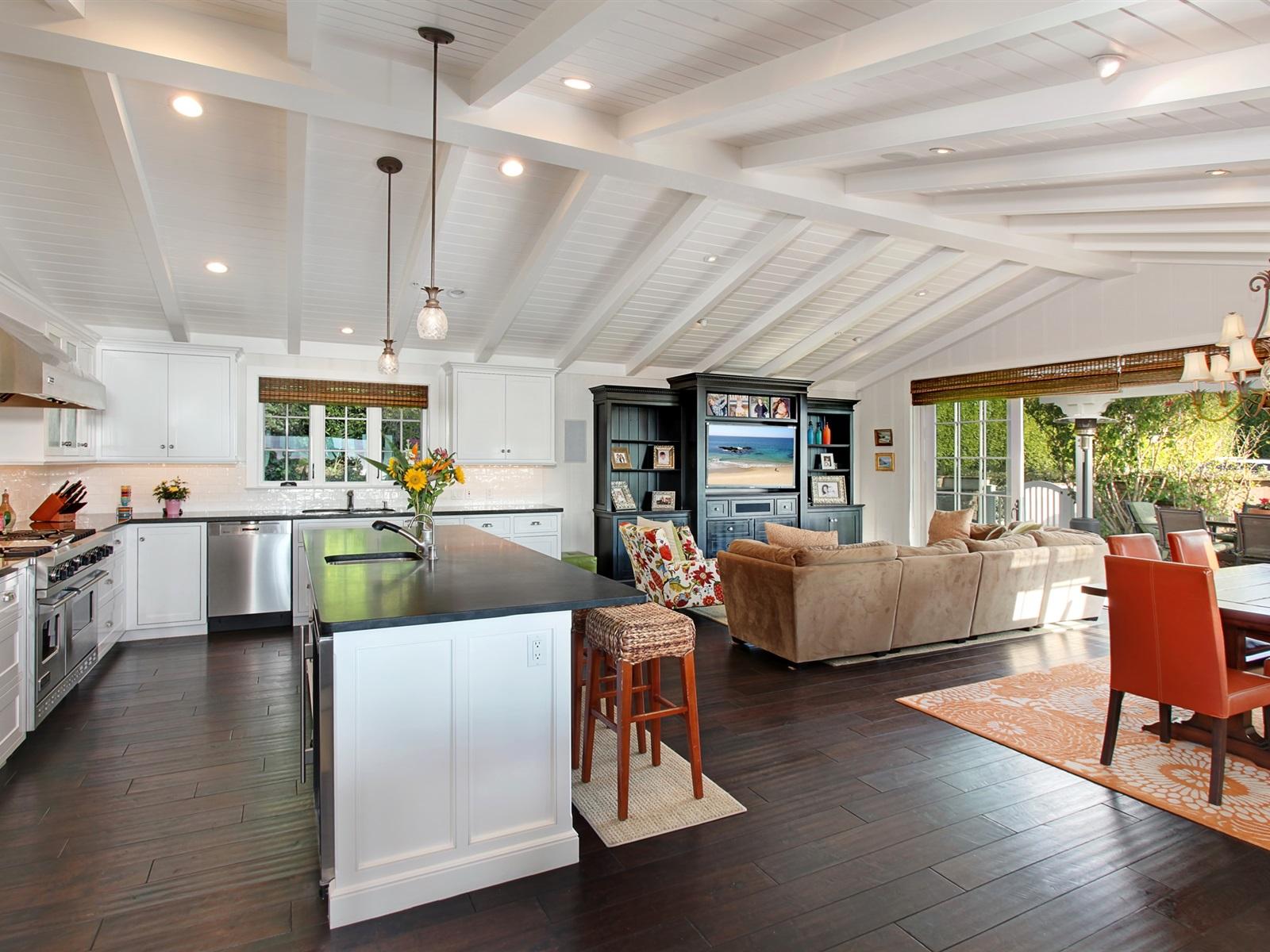 Interior Design Living Room Kitchen Chandelier