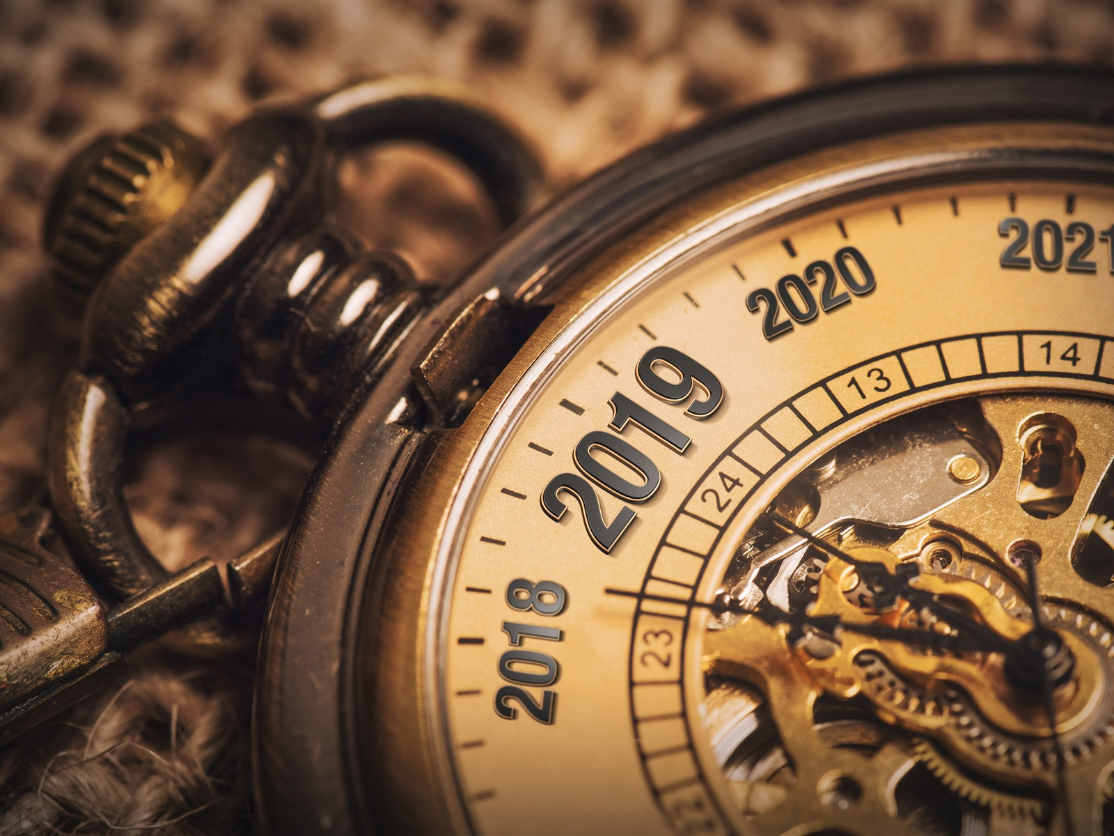 Wallpaper Pocket Watch New Year 2019 5120x2880 Uhd 5k