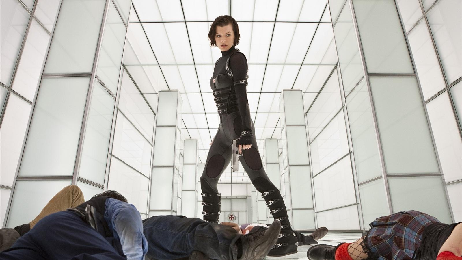 Wallpaper Milla Jovovi... Milla Jovovich Resident Evil 4