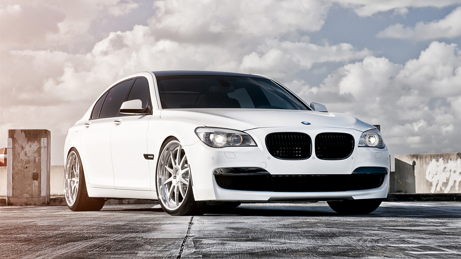 The Best 100 Hd And Qhd Wallpapers From 2015 Works For: Fonds D'écran Télécharger 1600x900 2013 BMW 750 Couleur