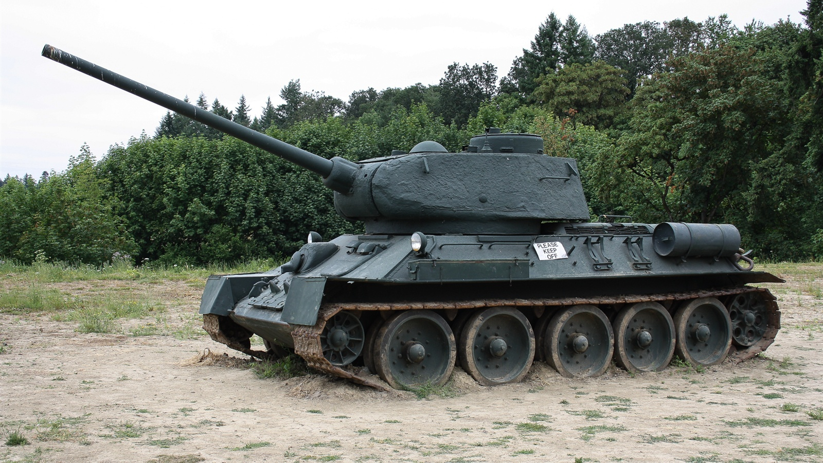 Wallpaper Soviet T 34 85 Tank 1920x1200 Hd Picture Image