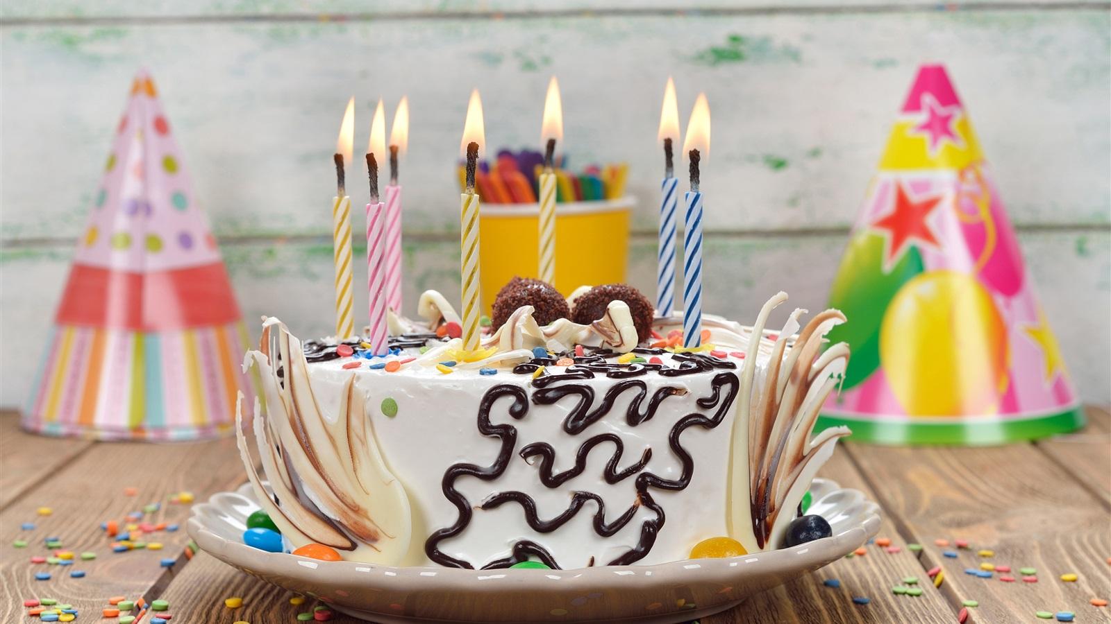 壁纸 生日快乐,蛋糕,蜡烛 3840x2160 Uhd 4k 高清壁纸 图片 照片