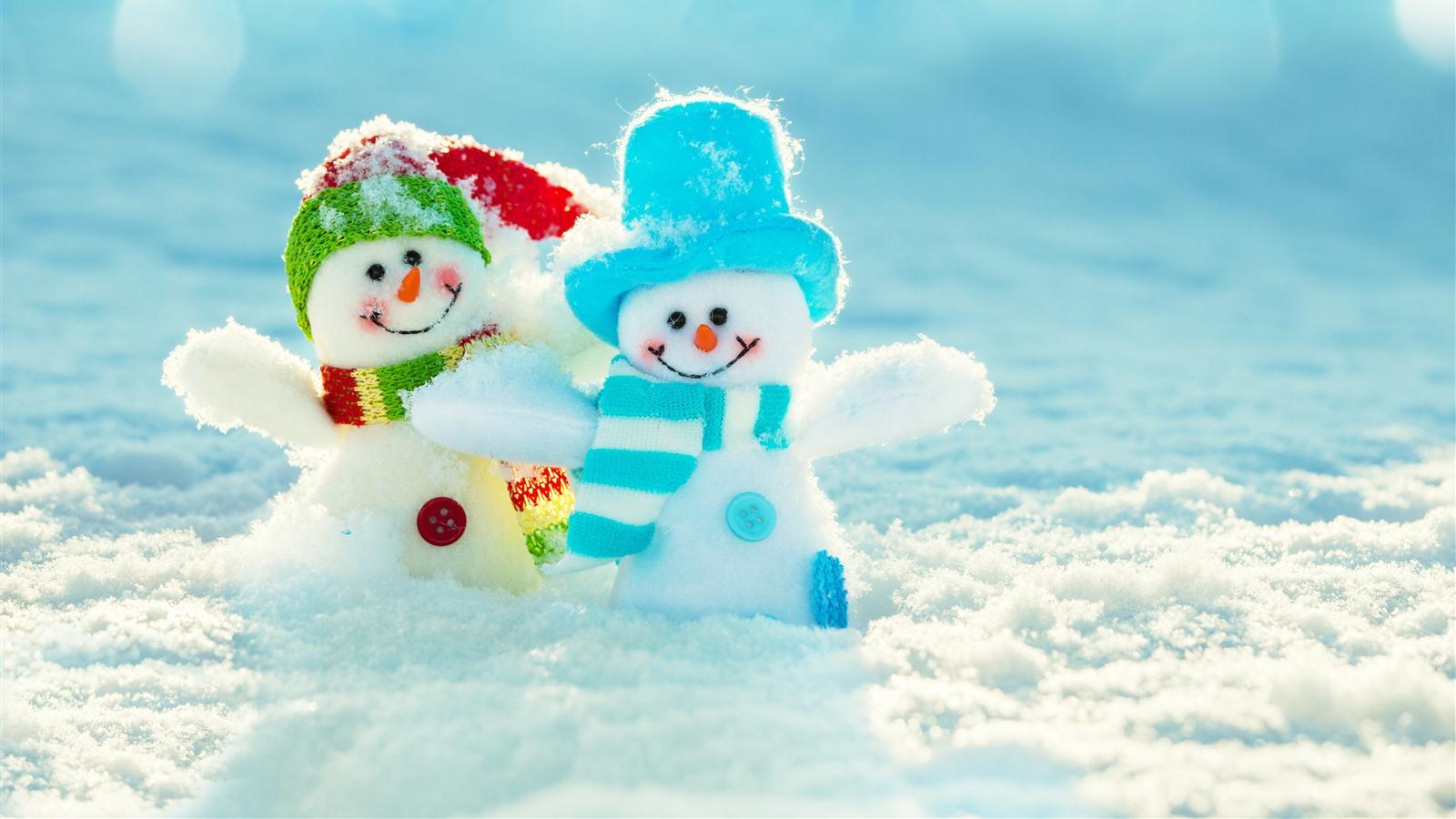 壁紙 2つの雪だるま おもちゃ 雪 冬 51x Uhd 5k 無料のデスクトップの背景 画像