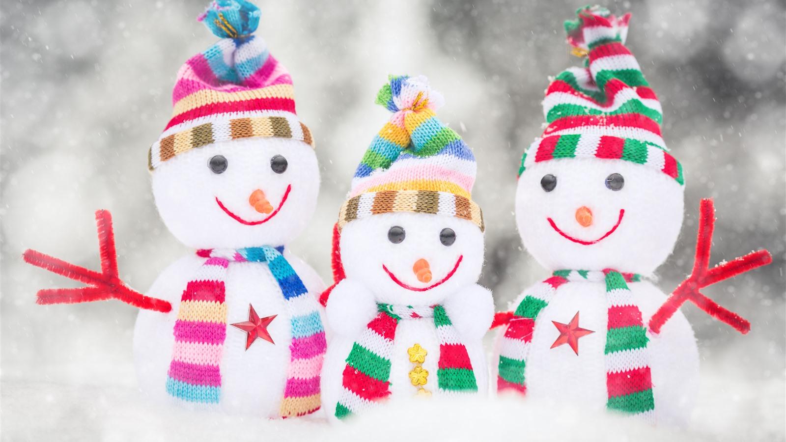 壁紙 三雪だるま 雪 おもちゃ 3840x2160 Uhd 4k 無料のデスクトップ