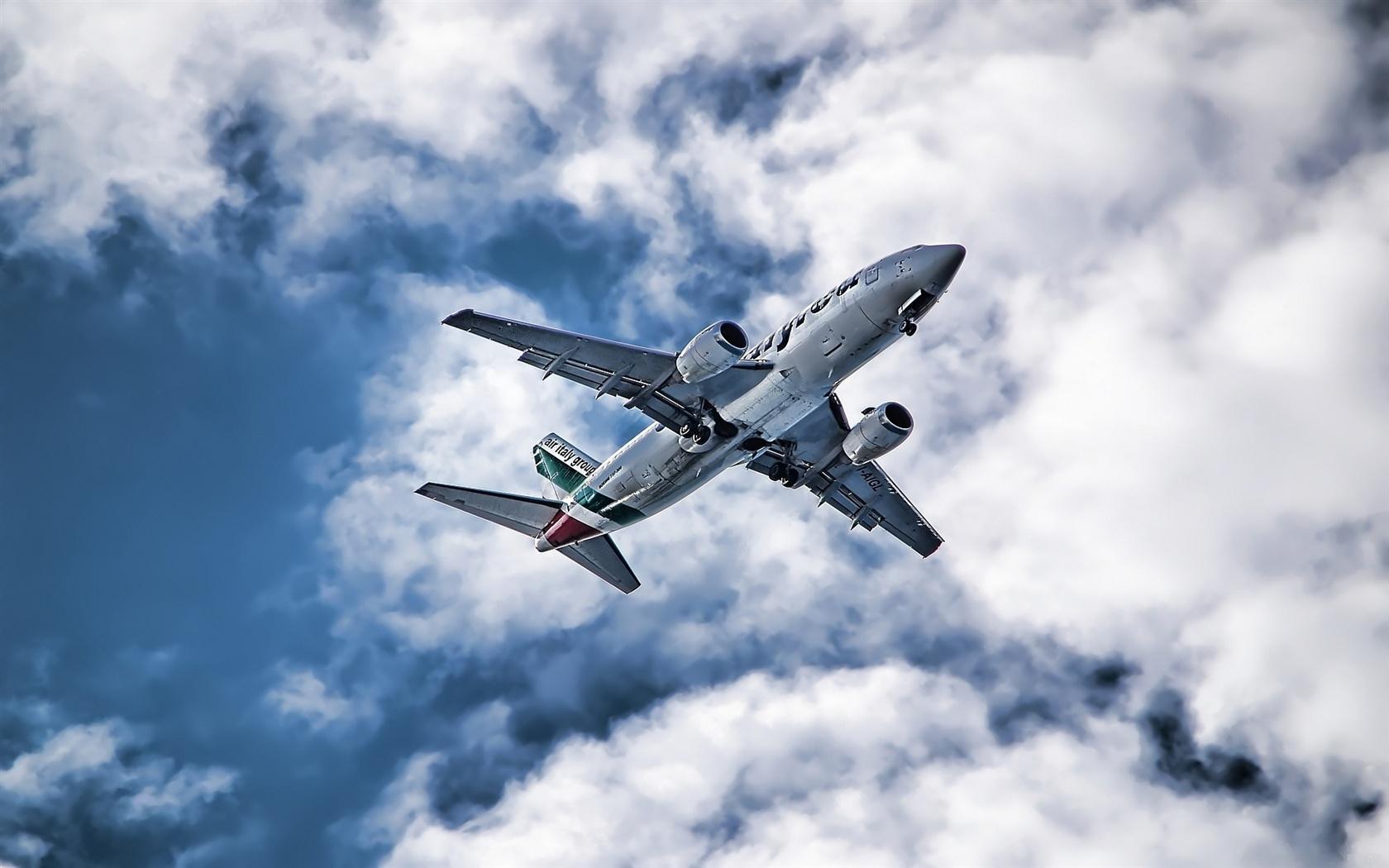 航空機の空写真 壁紙 - 1680x1050   航空機の空写真 壁紙