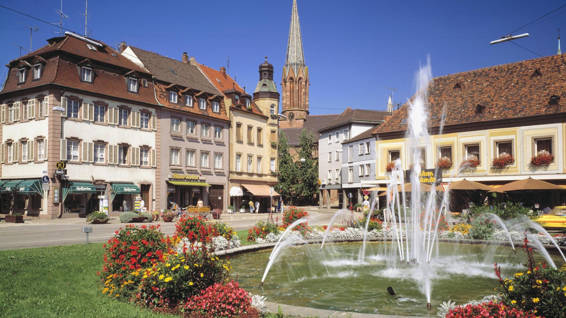 Lorch Village, Hesse, Rhine River, Germany  № 78321  скачать