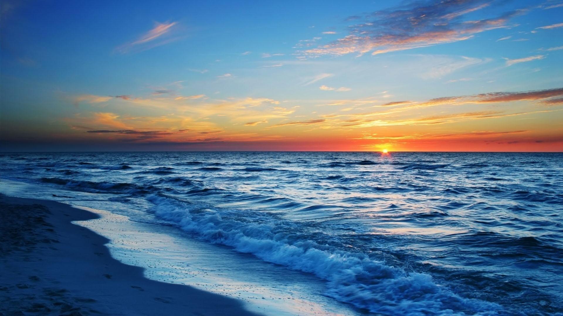 Auf den strand bei sonnenuntergang hintergrundbilder - 1920x1080