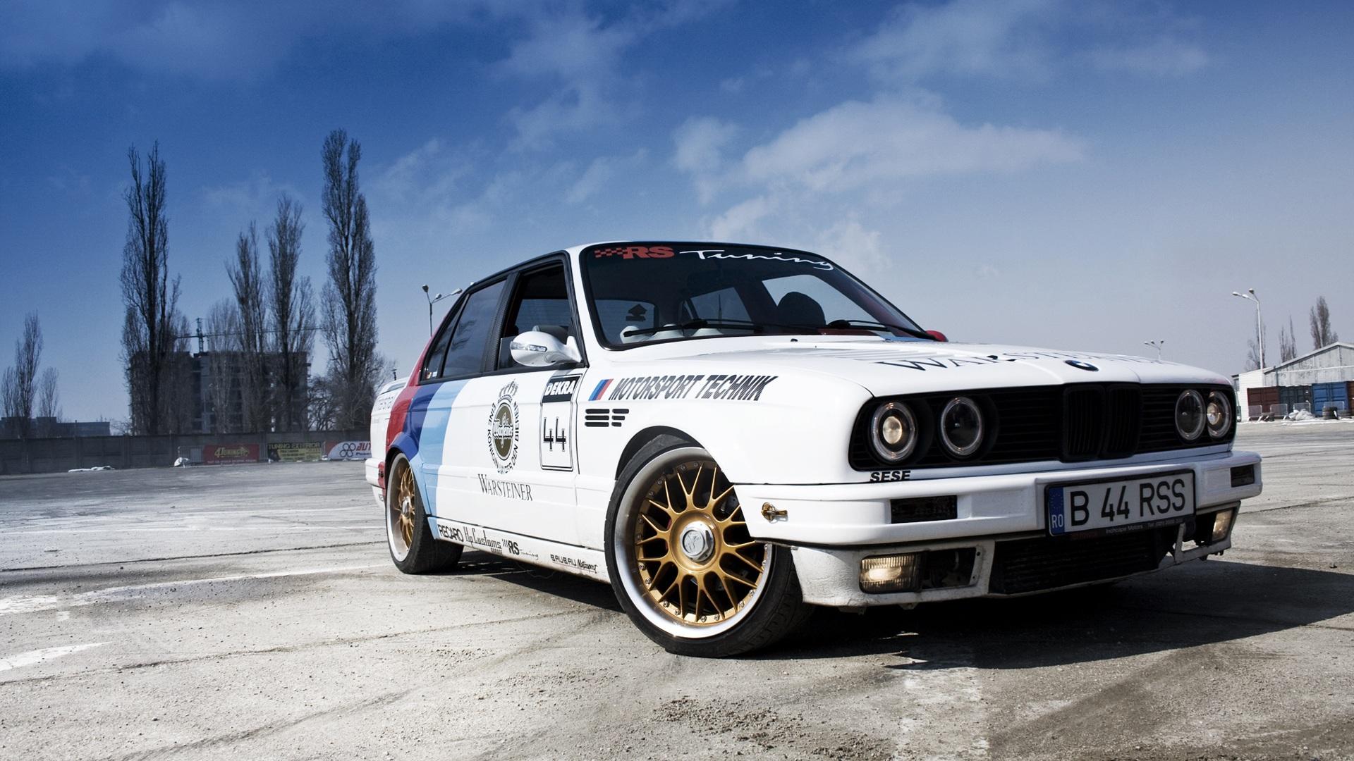 Download Wallpaper 1920x1080 BMW 3 Series Sedan E30 white ...